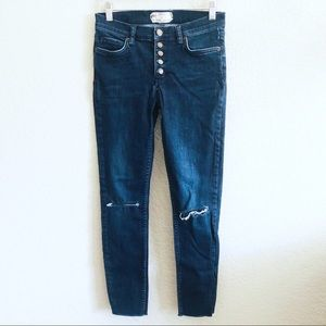 Free people high rise riped jeans size 26